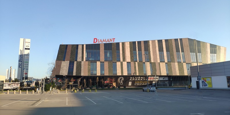 Slusni-aparati-AUDIO-BM-slusni-center-Ljubljana-BTC-Letaliska-5-naslov-kontakt-svetovanje-baterij-Lidl